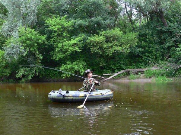 Лодка - помощник рыболова