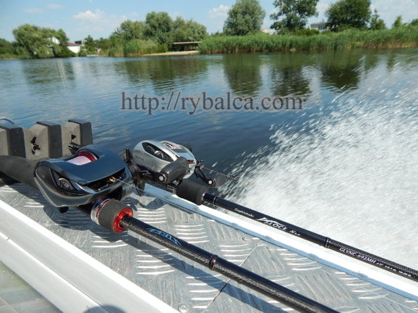 рыбалка с лодки особенности ловли